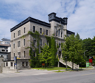 University of Ottawa - Constructed in 1893, 100 Laurier Avenue East is the oldest building at the University. The building was acquired by the University in 1970.