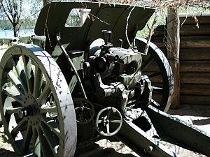 122 mm howitzer M1909/37 - M1909/37 in Hämeenlinna Artillery Museum, Finland.