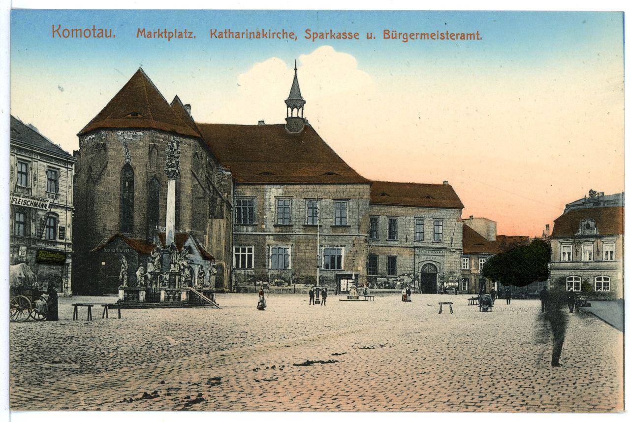 15842-Komotau-1913-Markt, Katharinakirche, Sparkasse, Bürgermeisteramt-Brück & Sohn Kunstverlag.jpg