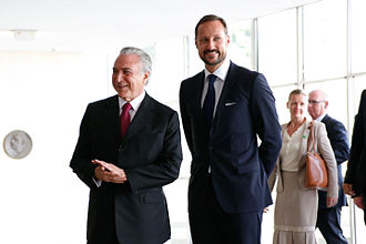 Haakon, Crown Prince of Norway - Haakon with then Brazilian Vice President Michel Temer at the Itamaraty Palace in Brasilia, Brazil, 16 November 2015.