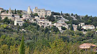 Crestet Commune in Provence-Alpes-Côte dAzur, France