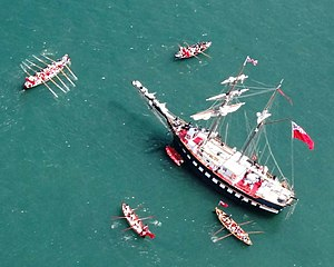 Longboat - The 110 foot tall ship Fair Jeanne dispatches longboats as part of a War of 1812 reenactment