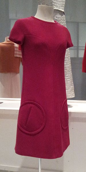 Guy Laroche - Guy Laroche cyclamen pink wool minidress, 1968