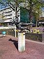 2004-04-16-bonn-brassertufer-die-welle-02.jpg