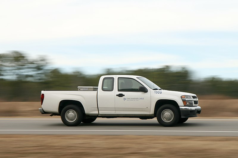 File:2011-02-02 TWC truck 1309 on I-540 E ramp to I-40 E.jpg
