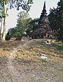 201401011615b (Hartmann Linge) Sukhothai Chang Rob.jpg