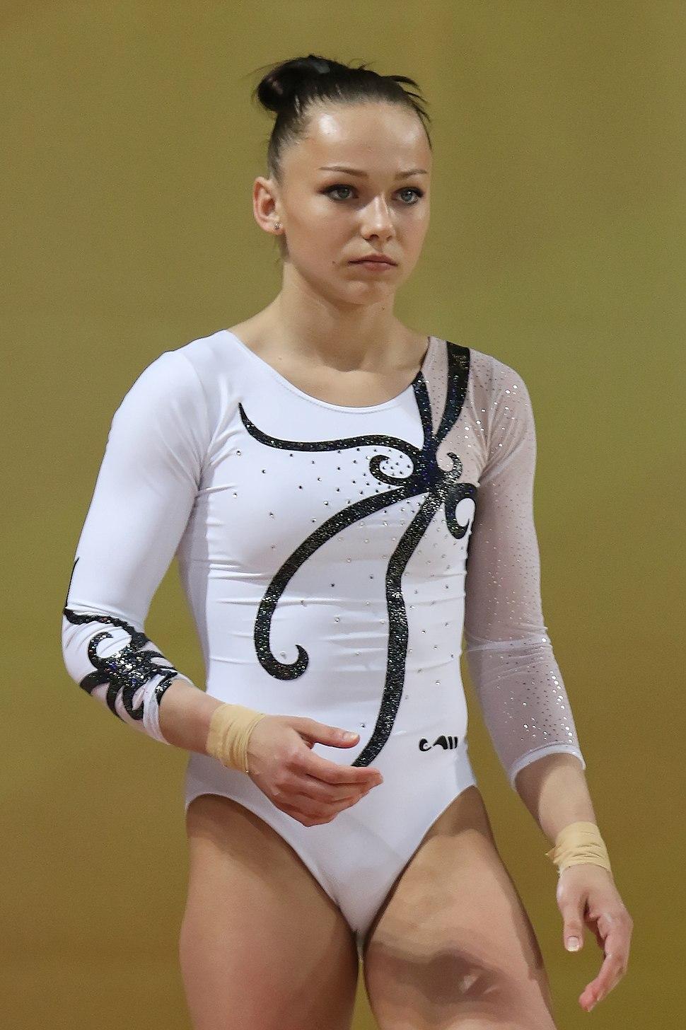 2015 European Artistic Gymnastics Championships - Vault - Maria Paseka 01