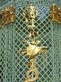 2019.Gitterpavillon verziert mit vergoldeten Sonnen und Instrumenten(1775)-Sanssouci-Steffen Heilfort.JPG