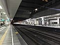 201901 Tracks between Platform 1,2 of Shenzhen Station.jpg
