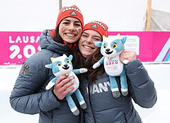 2020-01-18 Mascot Ceremony Luge Women's Double (2020 Winter Youth Olympics) by Sandro Halank–082.jpg