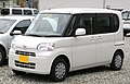 2nd generation Daihatsu Tanto.jpg