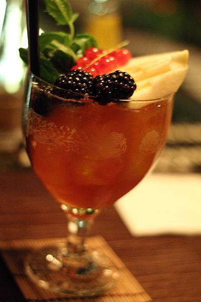 File:3 Freunde Cocktail 4.JPG