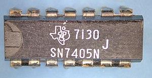7405 TI 7130 package top.jpg