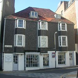 9 Pool Valley, Brighton (IoE Code 481045).jpg