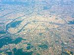 Aerial photograph of Paris, 20 April 2011 003.jpg