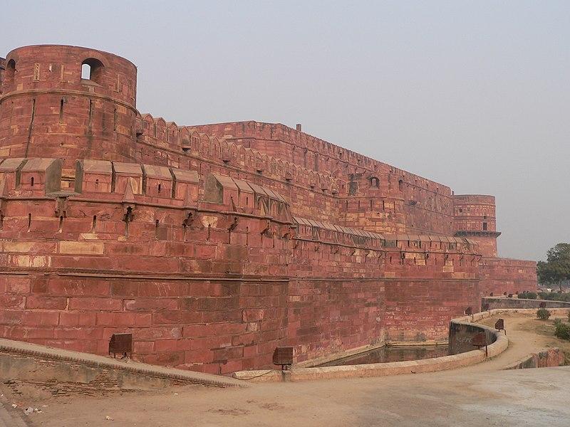Resim:Agra Fort Rempart.jpg