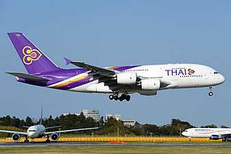 Ckoi cte logolà 337px-Airbus_A380-841%2C_Thai_Airways_International_AN2253510