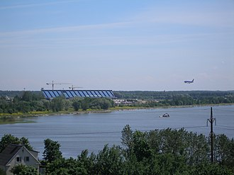 Lake Ülemiste - Image: Airplane landing at Tallinn Airport