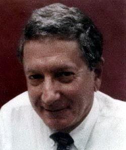 Alfred Goodman Gilman (cropped).jpg