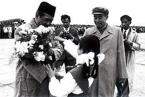 Ali Sastroamidjojo - Ali Sastroamidjojo is greeted by Zhou Enlai upon his arrival in Beijing, 26 May 1955.