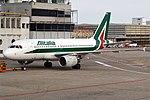 Alitalia, EI-IMS, Airbus A319-111 (43460681994).jpg