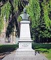Alphonse Vandenpeereboom Statue, leper (Ypres), Belgium. (1059748611).jpg