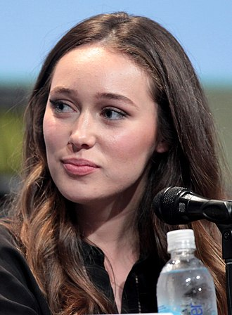 Alycia Debnam-Carey - Debnam-Carey at the 2015 San Diego Comic Con International