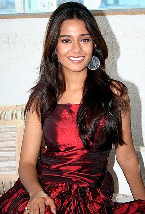 Vivah - Image: Amrita Rao still 3
