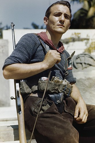 Italian resistance movement - An Italian partisan in Florence on August 14, 1944