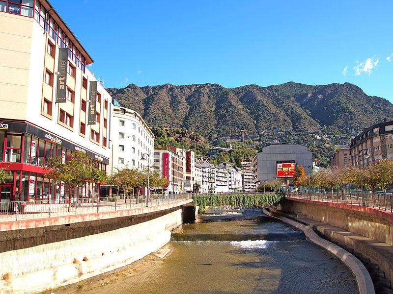 File:Andorra la Vella - river2.jpg