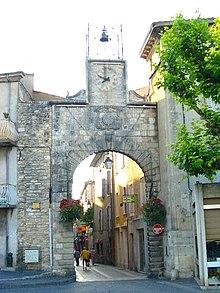 Apt, Porte de Saignon