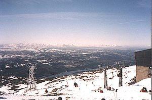 Åreskutan - Skiing at the mountain Åreskutan in May 2000.