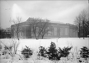 Art Gallery of Ontario - A south view of the first gallery building in 1922