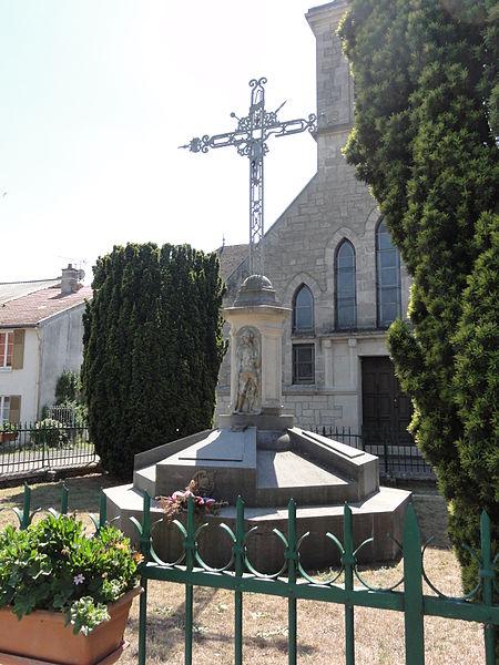 Avocourt (Meuse) monument aux morts
