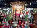 Bàn thờ Thần hoàng trong đình Chí Hòa.jpg