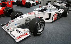BAR 002 Honda Collection Hall.jpg
