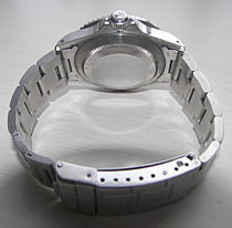 1fbc4900961 The back of pre-2008 stainless steel Submariner