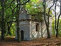 Baltow Swietokrzyskie ruiny kaplicy.jpg