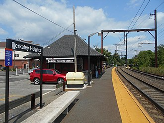 Berkeley Heights station - The Berkeley Heights station facing towards the Lackawanna Railroad station depot.