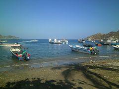 Boats Taganga Harbour.jpg