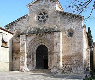 Brihuega - Image: Brihuega Iglesia de San Felipe Entrance 2
