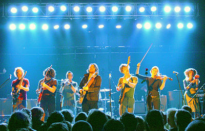 Picture of a band or musician: Broken Social Scene