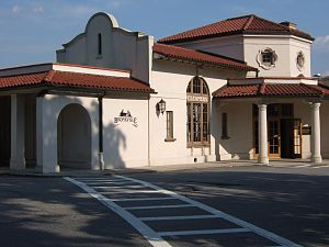 Bronxville (Metro-North station) - The station house at Bronxville in 2006.