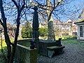 Brunnen Bauerrenstrasse mit Drachen.jpg