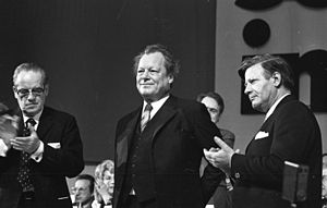 Herbert Wehner - Wehner (left), Brandt and Schmidt (right) at a SPD convention in Hanover, 1973