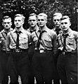 Bundesarchiv Bild 119-5592-14A, Gruppe von HJ-Jungen.jpg