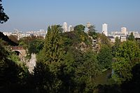 Buttes Chaumont from South 01.jpg