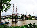 Cầu sắt ở chợ Mỹ Hiệp Sơn.jpg