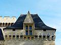 Campagne (24) château chemin de ronde (1).JPG