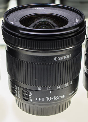 Canon EF-S 10–18mm lens - Image: Canon EFS 10 18